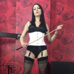 miss-jessica-wood-caning